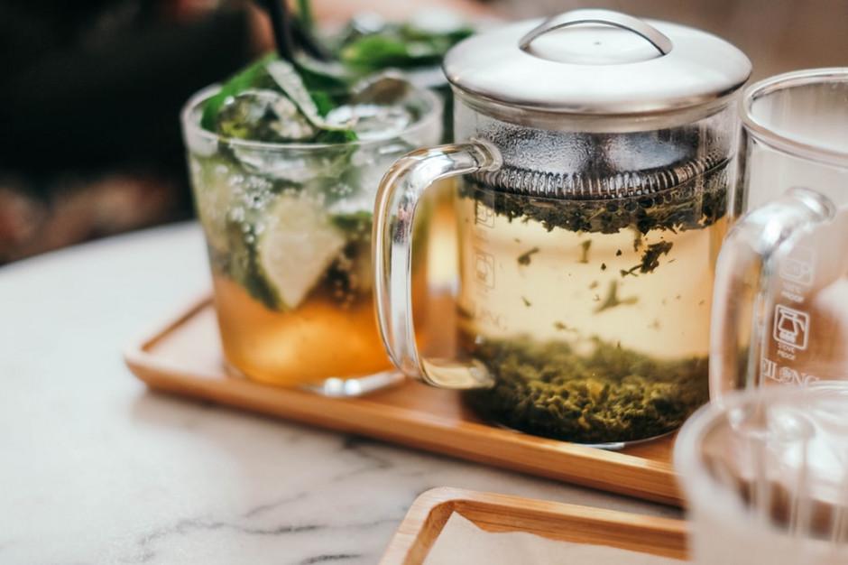 Coraz więcej restauracji rozszerza menu o herbaciane propozycje