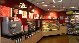 PKN Orlen zamyka punkty restauracyjne. Ogranicza ofertę do hot dogów i zapiekanek