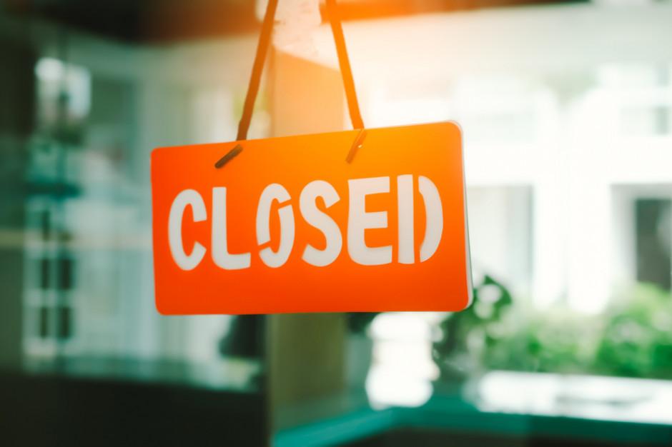 Holandia zamyka restauracje, walcząc z epidemią koronawirusa