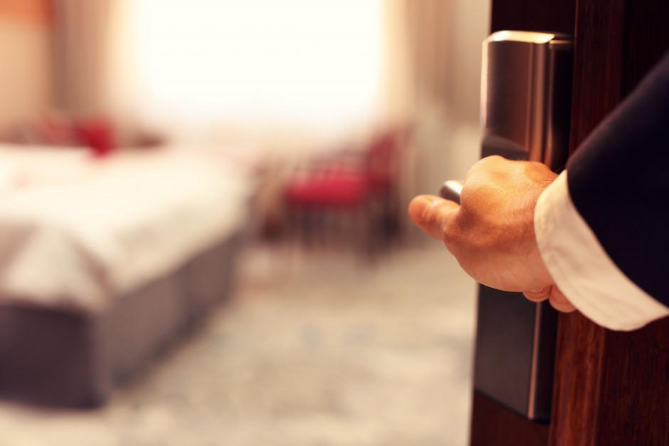 Szwajcaria: luksusowy hotel oferuje gościom pakiet kwarantannowy