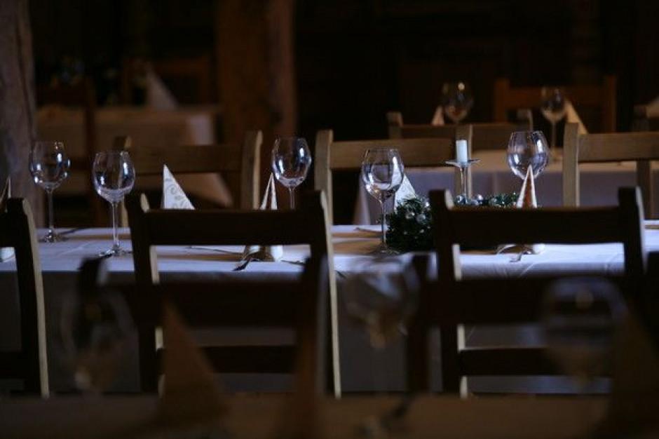 Epidemia zlikwiduje w Hiszpanii 207 tys. etatów w hotelarstwie i gastronomii