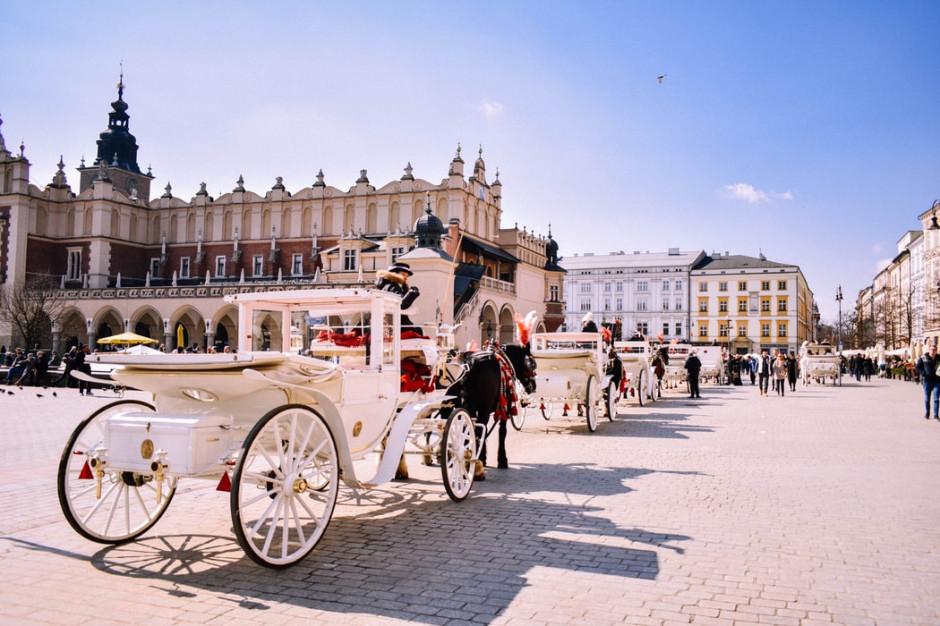 Branża turystyczna w Krakowie w fatalnej sytuacji finansowej, odwołane też rezerwacje pod Tatrami