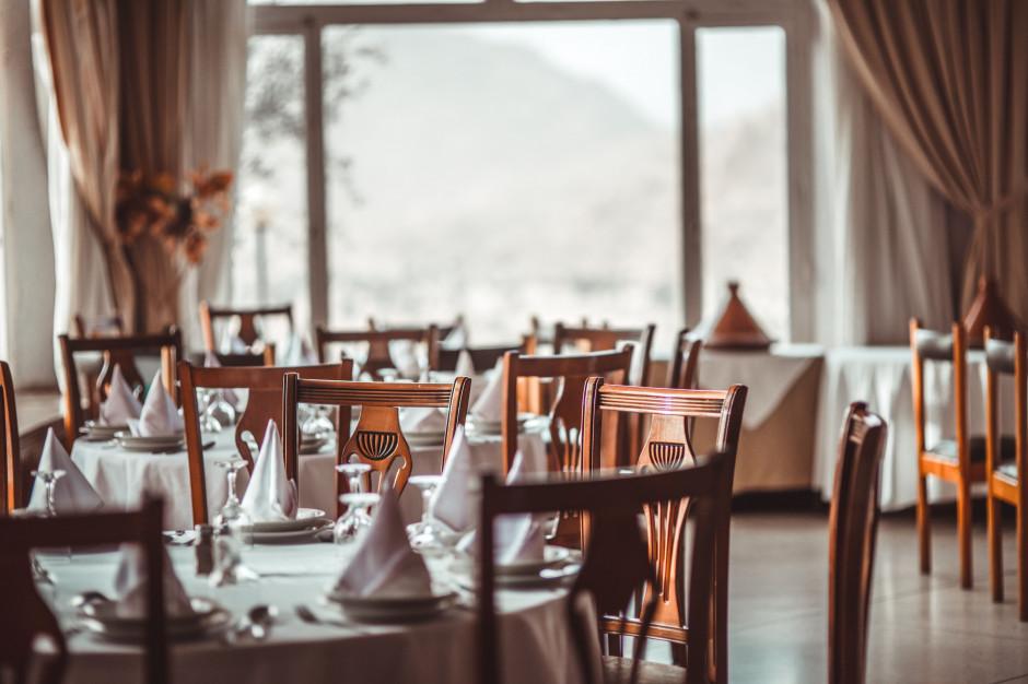 Francja: Zbankrutować może nawet 1/5 lokali gastronomicznych