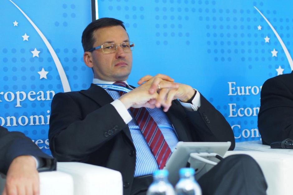 Morawiecki: Tarcza antykryzysowa i finansowa mają służyć ratowaniu miejsc pracy