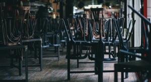 W gastronomii i hotelarstwie zatrudnienie spadło najbardziej
