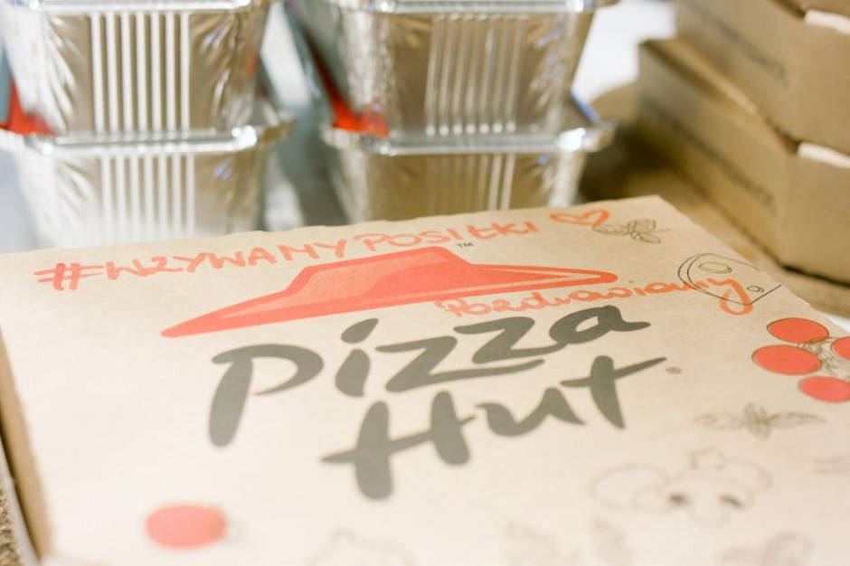 AmRest przekazuje posiłki do szpitali oraz wspiera Banki Żywności