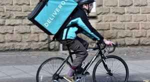 Deliveroo zwolni 15 proc. pracowników; powodem kryzys