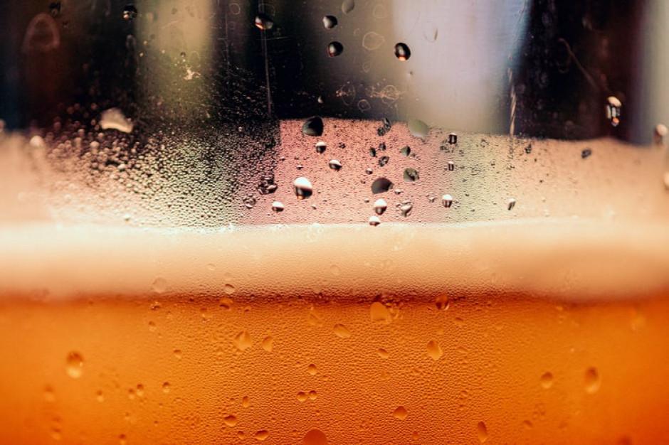 Francja: 10 mln litrów piwa trafi do utylizacji z powodu zamknięcia gastronomii
