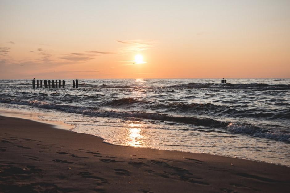 Polacy rezerwują wakacje. Pojadą w Polskę