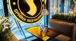 Menu cyfrowe w restauracjach Sphinx i Chłopskie Jadło