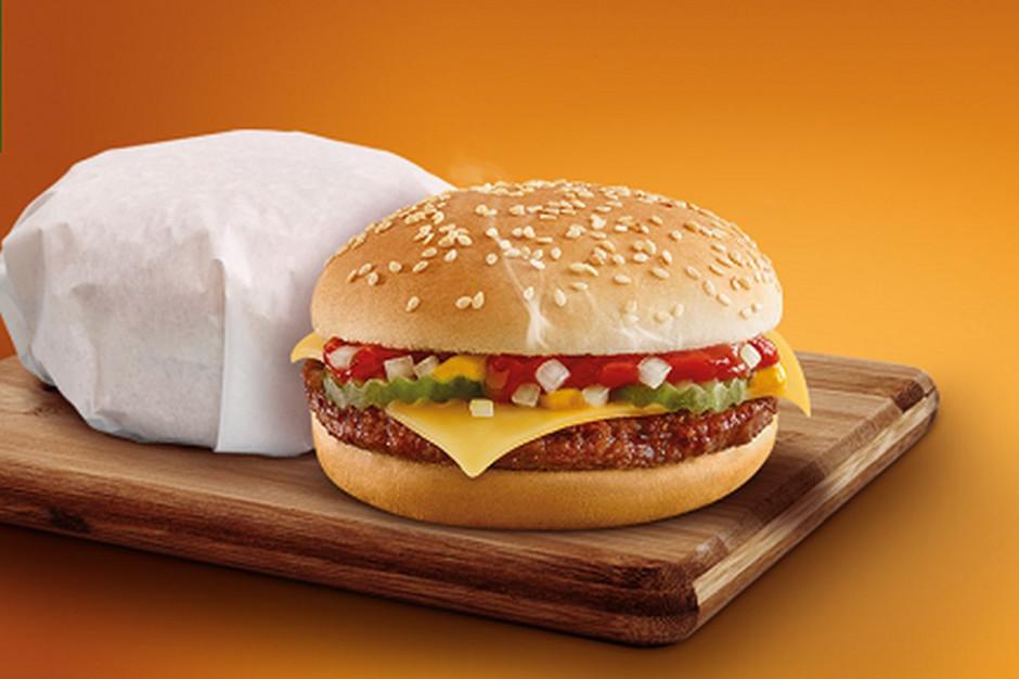 Cheeseburgery z jalapeño w ofercie... Żabki