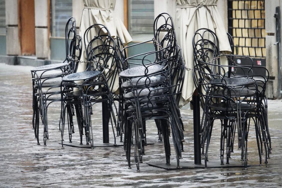 Restauratorzy z Białegostoku zapłacą o połowę mniej za teren pod ogródki gastronomiczne