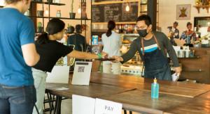 Restauracje opracowują własne procedury bezpieczeństwa, bardziej restrykcyjne niż wytyczne GIS (wideo)