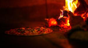 Piekarze pizzy z Neapolu bronią jej przed piecem elektrycznym