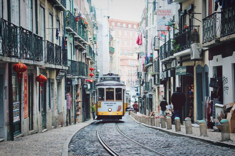 Rekordowy spadek obrotów branży turystycznej w Portugalii