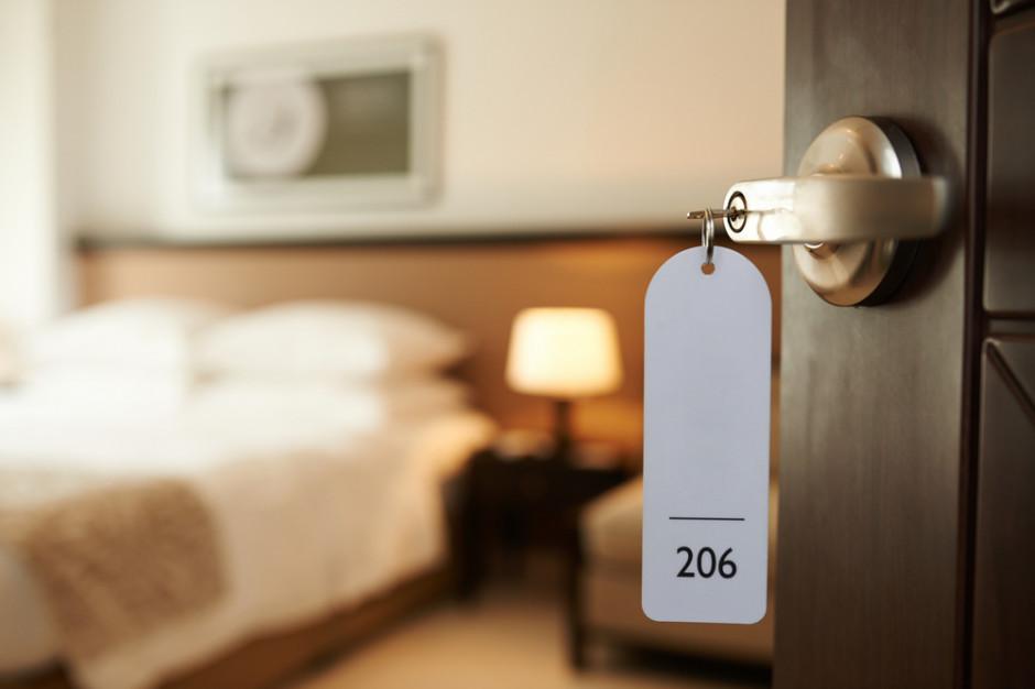 3/4 hoteli miejskich i 45 proc. poza miastami ma mniej niż 20 proc. rezerwacji na wakacje