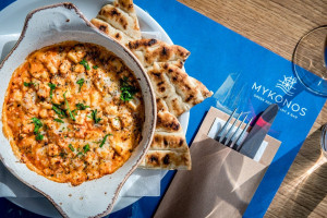 Restauracja Mykonos w Browarach Warszawskich już przyjmuje gości
