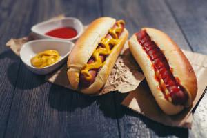 Lotos sprzedaje hot dogi za 1 grosz
