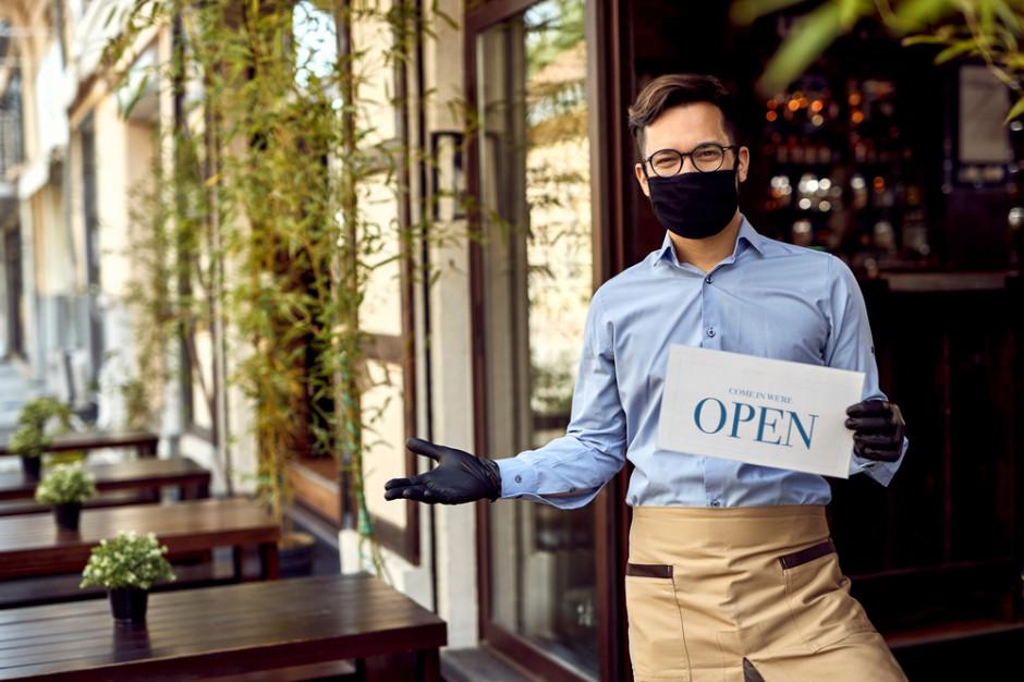 Restauracje wracają do godzin pracy sprzed lockdownu