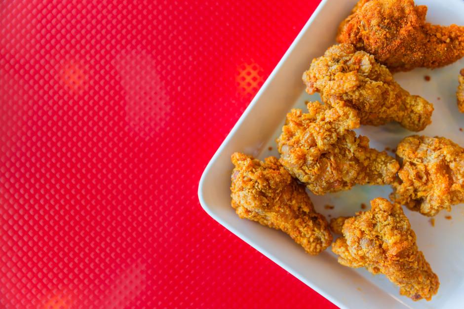 KFC będzie sprzedawać kurczaki z drukarki 3D