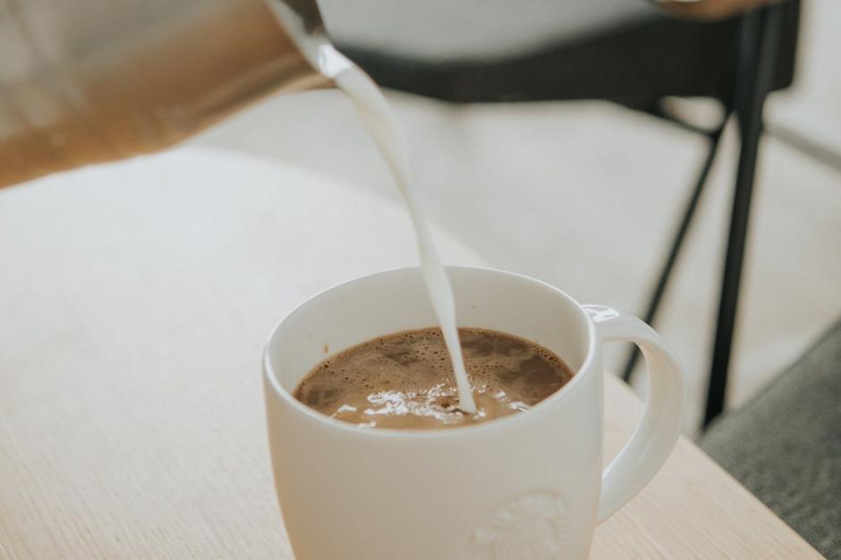 Starbucks rozszerza ofertę alternatyw dla mleka
