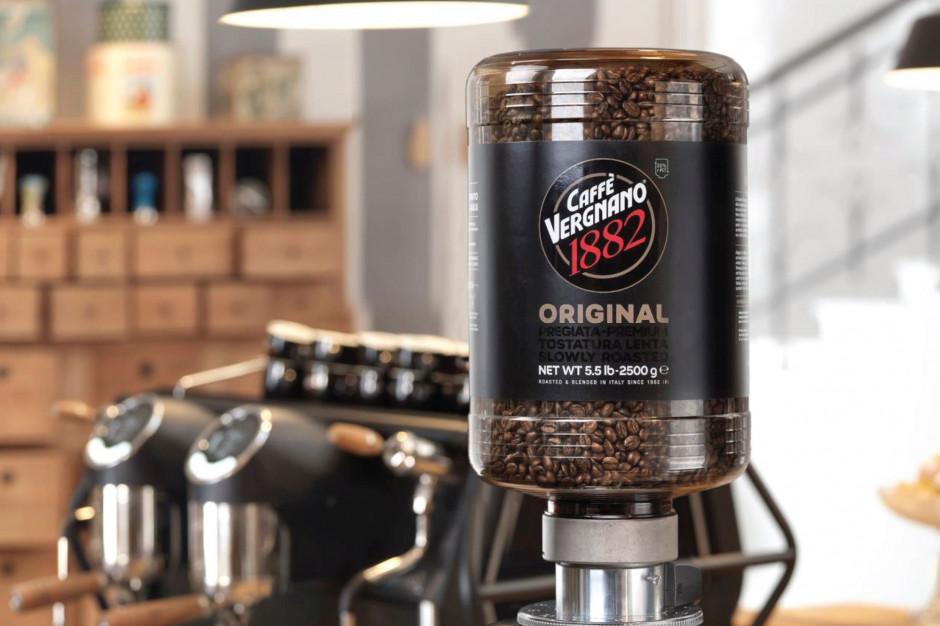 Caffè Vergnano będzie sprzedawać kawę w opakowaniach z odzyskanego plastiku