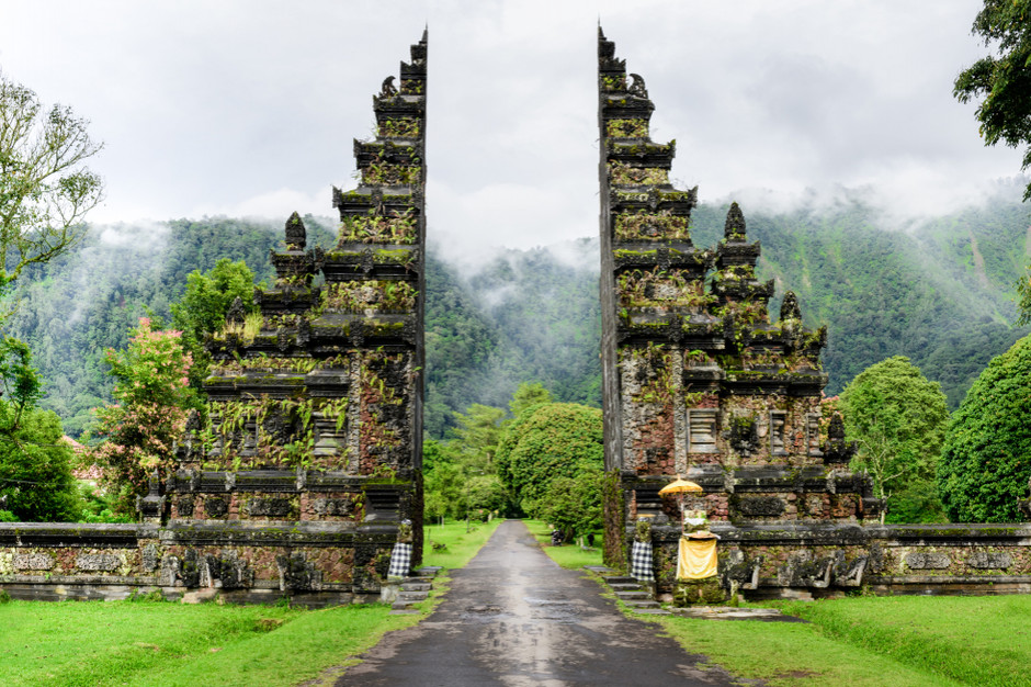 Wyspa Bali zamknięta dla zagranicznych turystów do końca roku