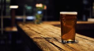 Irlandia: Puby, które nie podają jedzenia, mogą się otworzyć 21 września