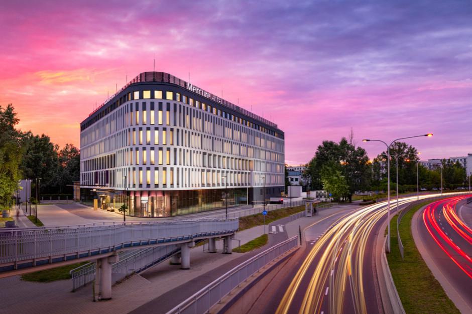 Hotel Mercure Warszawa Ursus Station z restaracją Winestone