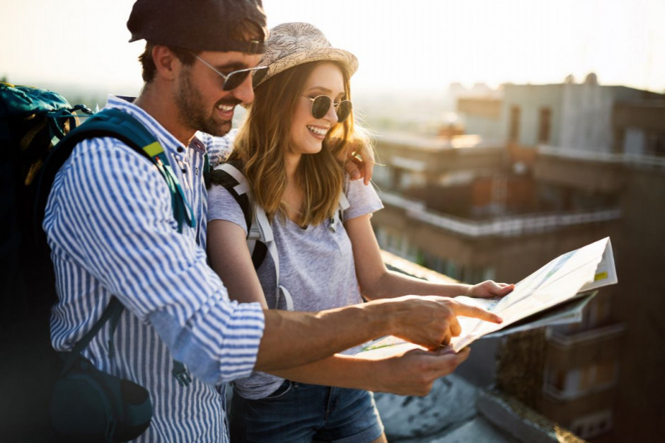 GUS: o 54,3 proc. spadła liczba turystów korzystających noclegów