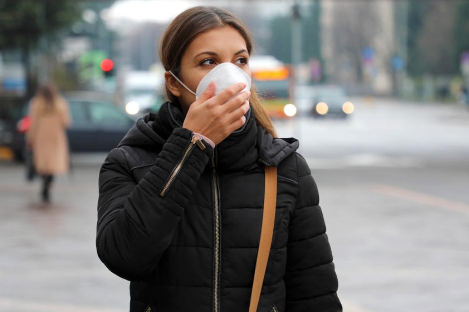 Od 10.10 policja sprawdza w całym kraju przestrzeganie obowiązku zakrywania ust i nosa