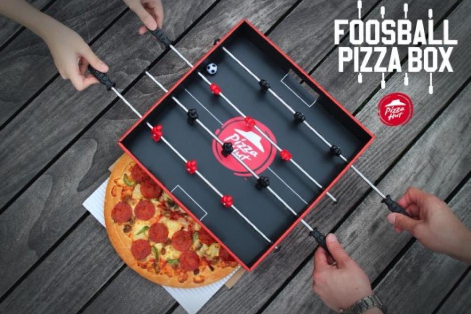 Pizza Hut stworzyła pudełko, które może służyć jako stół do piłkarzyków