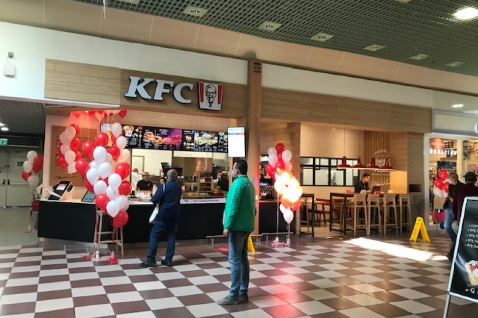 KFC i Cheesecake Corner poszerzyły ofertę CH Auchan Piaseczno