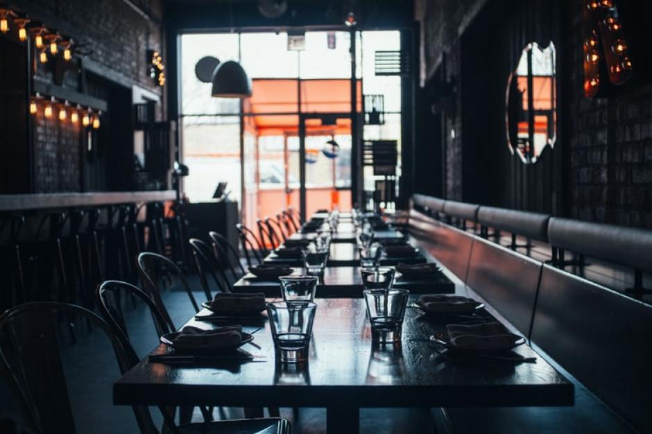 PIE: aktywność w restauracjach szybko odbija w momencie znoszenia restrykcji