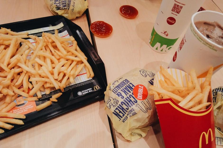 McDonald's pod lupą UODO