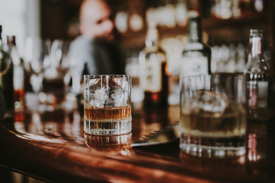 Koktajl bar Charlie przenosi działalność do sieci i zaprasza na degustacje online