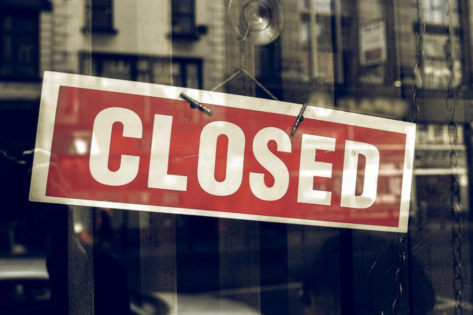 Najpierw zniesienie obostrzeń dotyczących sklepów meblowych, później gastronomii?