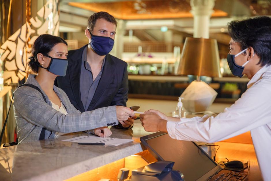 38 proc. osób zatrudnionych bezpośrednio w hotelarstwie straciło pracę w tym roku