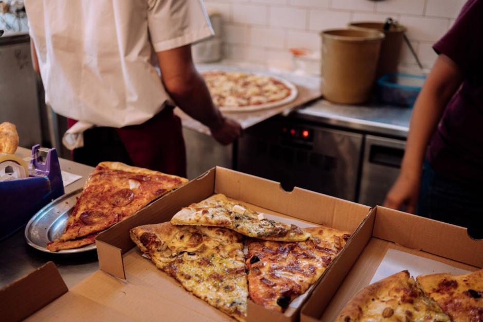 Polacy będą mniej wydawać na jedzenie z restauracji (badanie)