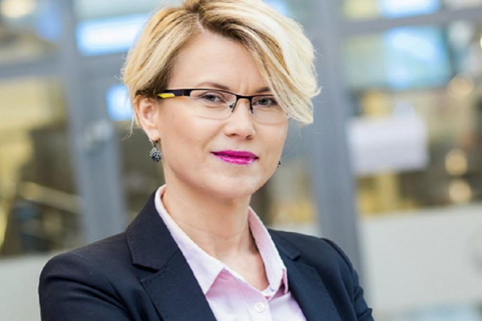 Makro Polska: Musimy szybko adaptować się do niejasnych wytycznych rządowych (wideo)