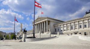 Austria łagodzi obostrzenia, ale hotele i restauracje nadal zamknięte