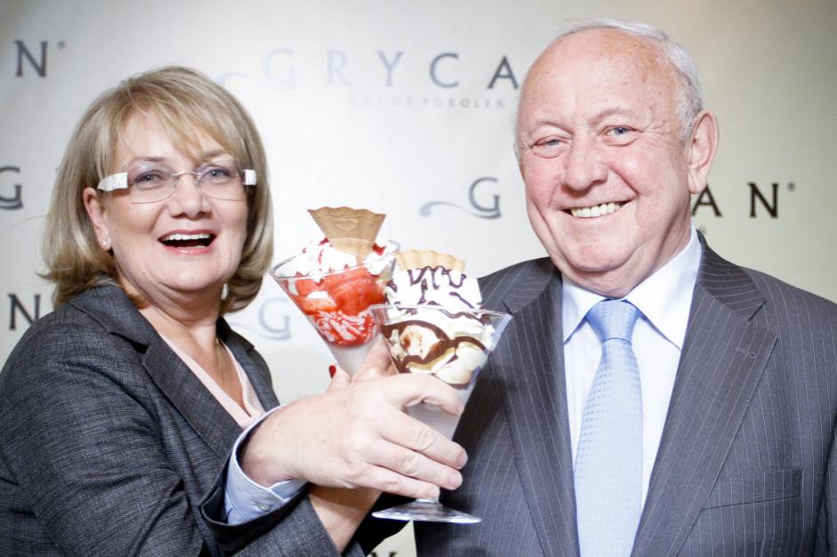 Zbigniew i Elżbieta Grycanowie zaszczepili się przeciw koronawirusowi w WUM