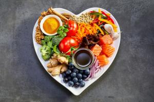 """Żywność """"na COVID"""" – jak wzmacniać odporność?"""