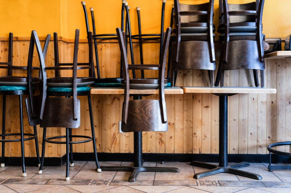 Kary dla restauratorów przyjmujących klientów