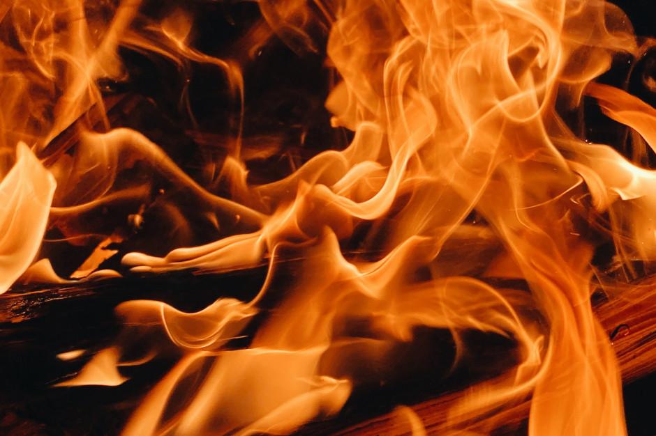 Prokuratura prowadzi dochodzenie ws. pożaru hotelu w Augustowie