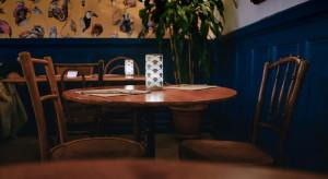 KO i przedsiębiorcy żądają otwarcia hoteli i restauracji
