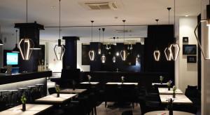 PFR: Ponad 950 mln zł dla 5842 restauracji i ponad 700 mln zł dla 1462 hoteli z Tarczy Finansowej PFR 2.0