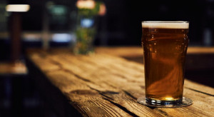 Słupsk wprowadza ulgę dla branży gastronomicznej w opłacie za koncesję na sprzedaż alkoholu