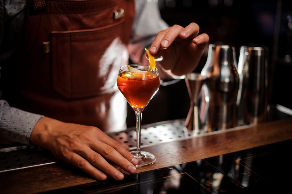 Poznań przesuwa termin opłat za koncesje na sprzedaż alkoholu w restauracjach