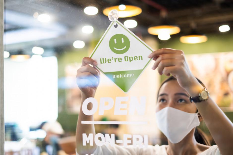 Blisko 70 proc. Polaków rozumie przedsiębiorców wznawiających biznesy mimo obostrzeń